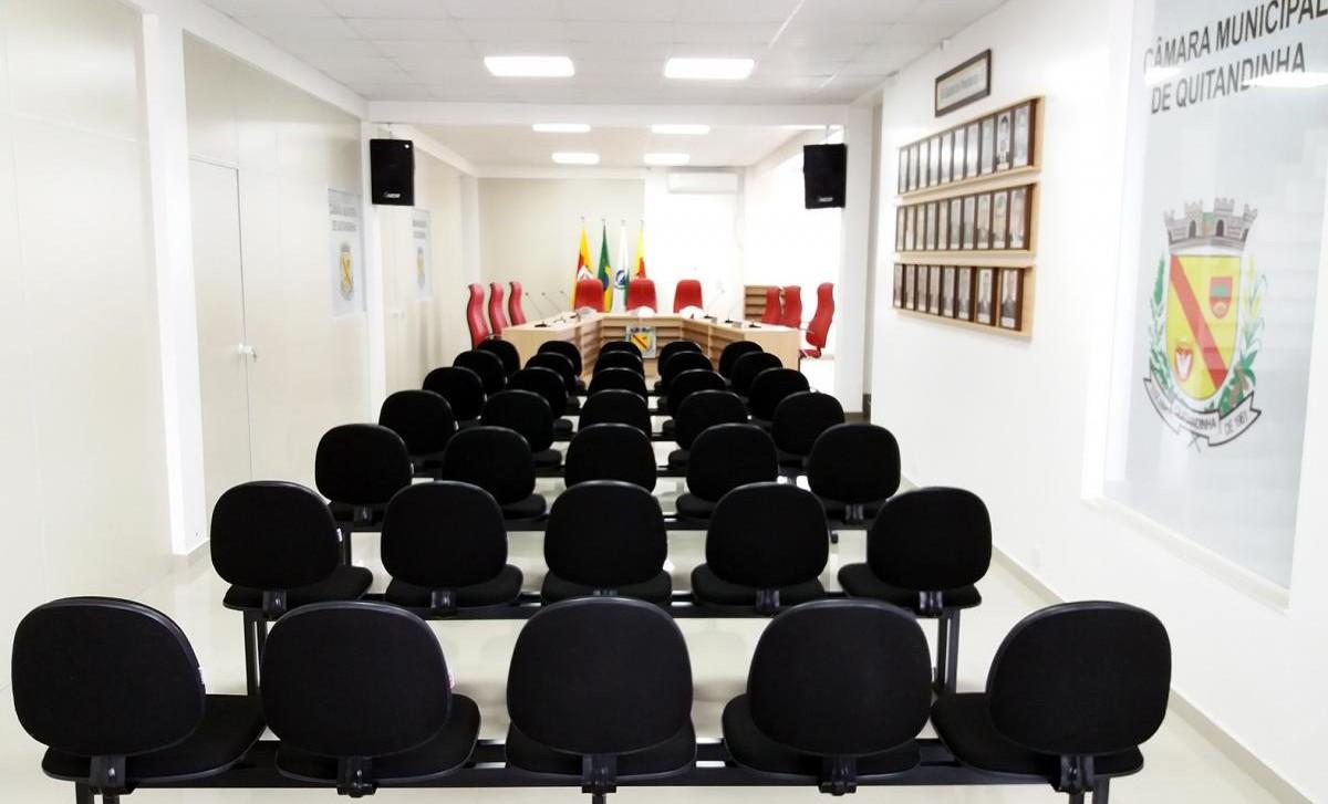 Câmara de Quitandinha divulga expediente para o final de ano