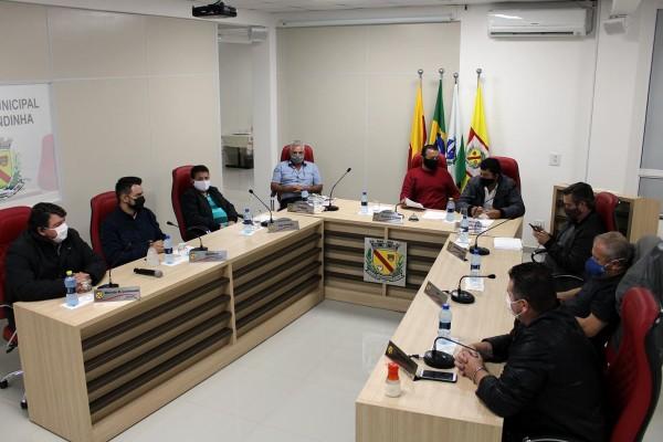 Sessão Ordinária é realizada pela Câmara